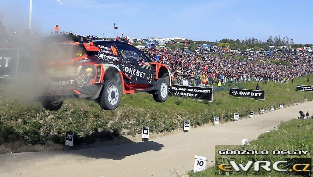 mads portugal 2017 jump.jpg